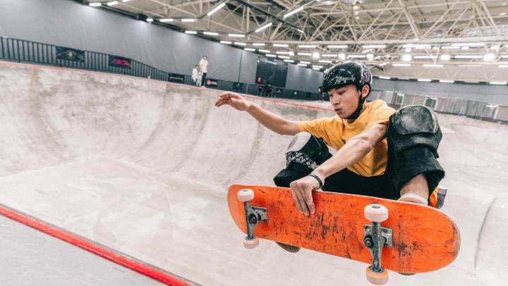 【2018滑板俱乐部联赛CSL】南京站男子碗池整体精彩剪辑